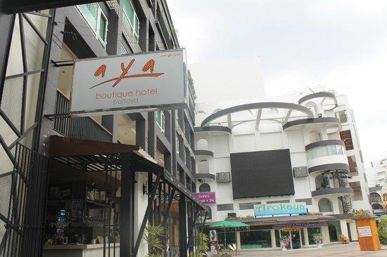 AYA Boutique Pattaya Hotel: Hotel Exterior
