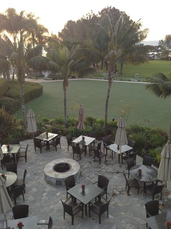 Laguna Cliffs Marriott Resort & Spa: Outdoor dining