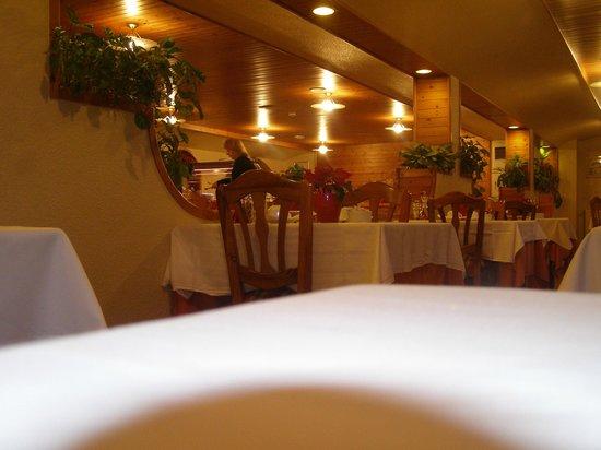 Hotel Rutllan: salle de petit dejeuner