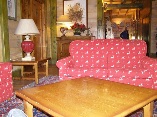 Hotel Rutllan: reception