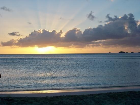 COCOS Hotel Antigua: sonnenuntergang, traumhaft!