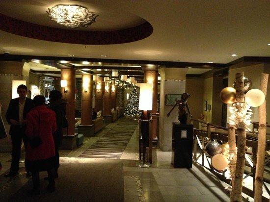 Le Saint-Sulpice: Lobby
