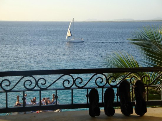 Bellafonte Luxury Oceanfront Hotel: View from Bellafonte Room Balcony