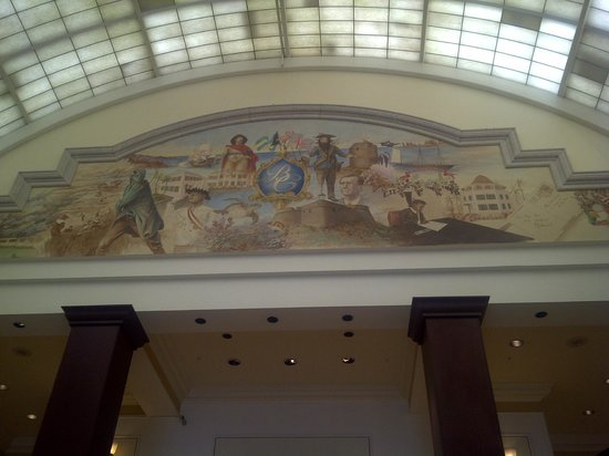 British Colonial Hilton Nassau: Historic Wallpaintings