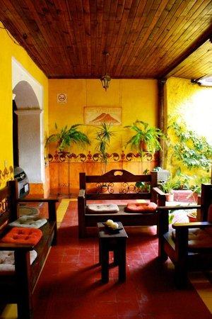 Hotel y Restaurante Vista Volcanes: Rest area / Wi-Fi Available