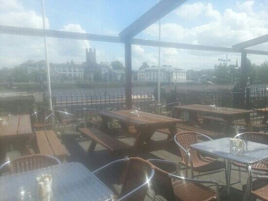The Curragower Bar & Restaurant: Limericks best terrace