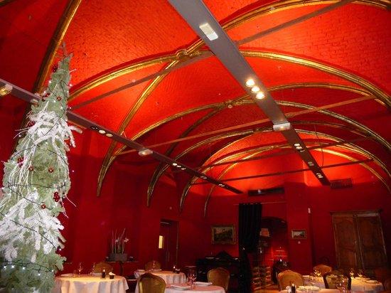 Restaurant de L'Hermitage Gantois : interior of restuarant
