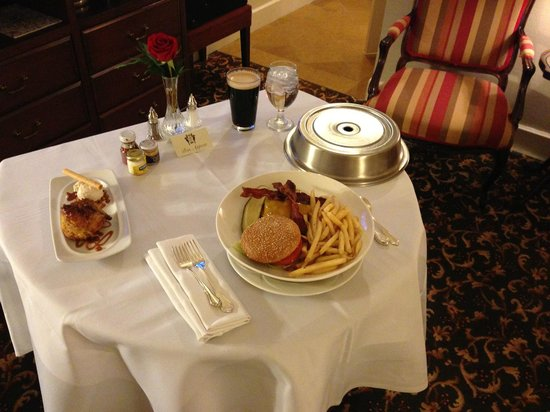 The Brown Palace Hotel and Spa, Autograph Collection: Room Service