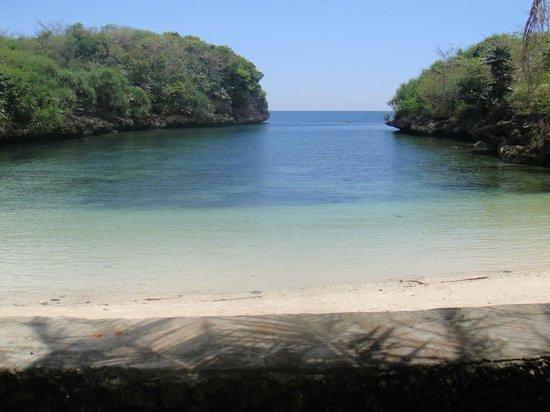 Natago Beach Resort:                   private beach at Corner House