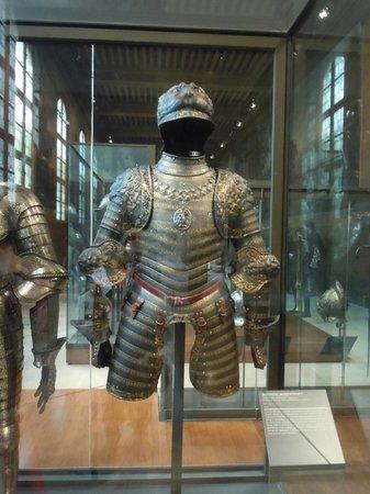 Legermuseum: beautiful armor
