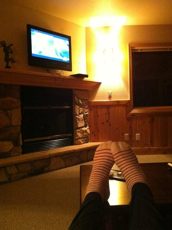 Mount Shasta Resort: Living room