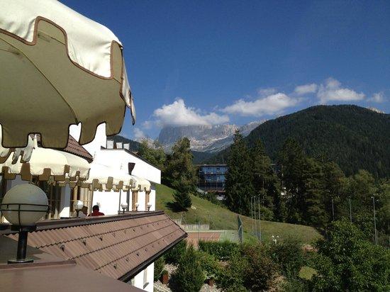 Hotel SPA & Gourmet Resort Engel: Dal balcone del Bar