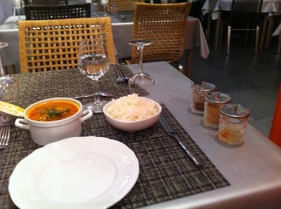Sawatdee: bœuf au curry rouge