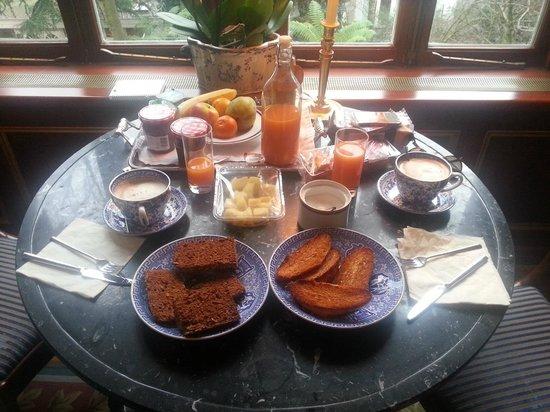 Park Mansion: Desayuno muy completo,tienes de todo, pero te lo preparas tu