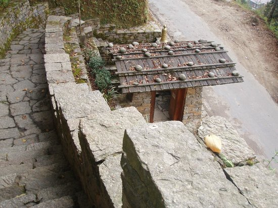 The Tower of Trongsa Museum : I told you there were stairs!