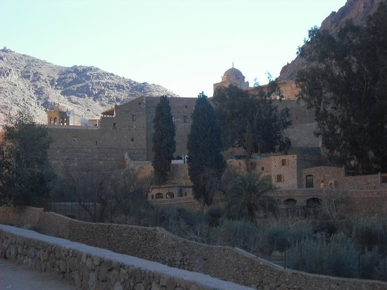 St. Catherine's Monastery Guesthouse: view of guest house and monastery