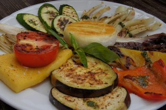 La Para: Verdure alla griglia con tomino alla piastra