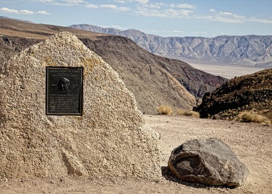 Death Valley National Park, CA: Father Crowleys Point