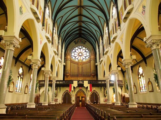 Guelph, Canada: Back, including the organ and choir area