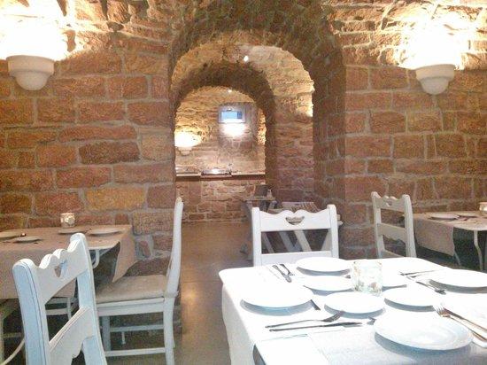 Hotel Villa Marstall: Frühstück im Gewölbekeller