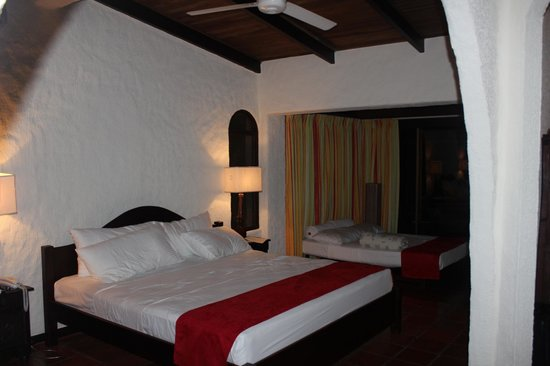 La Mariposa Hotel: Room