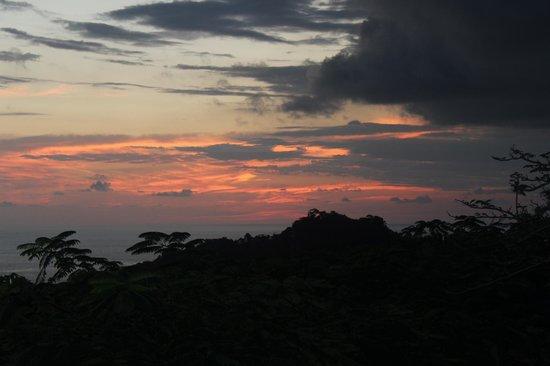 لا ماريبوسا هوتل: Sunset view from La Mariposa restaurant 