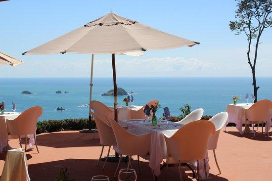 لا ماريبوسا هوتل: La Mariposa view at breakfast 