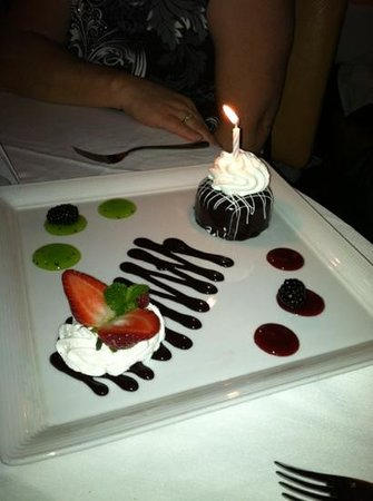 Ciera Steak & Chophouse: Tasty dessert
