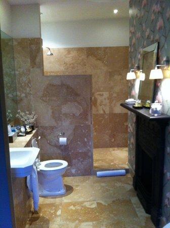 Thirty Two Boutique Hotel: HIdcote Bathroom