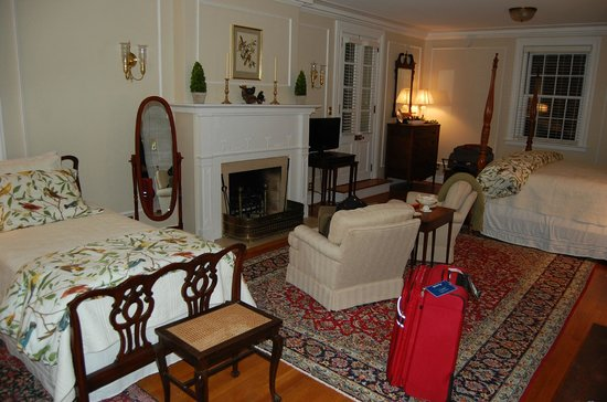 Hornsby House Inn: THE MONUMENT GRAND SUITE