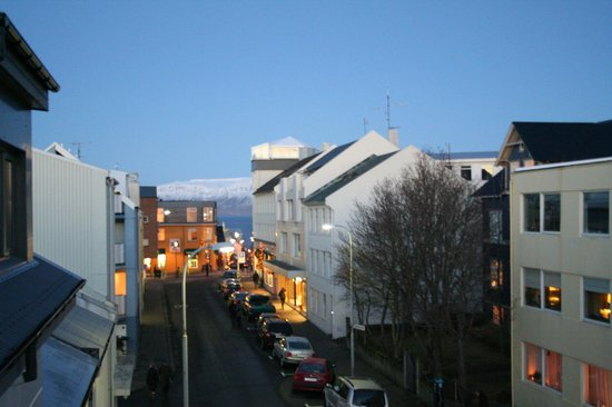 Reykjavik4you Apartments Hotel: View from room towards the city centre