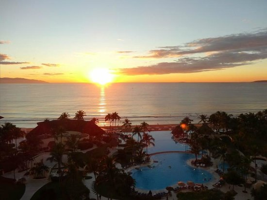 Grand Velas Riviera Nayarit: Sunset from ambassador balcony 