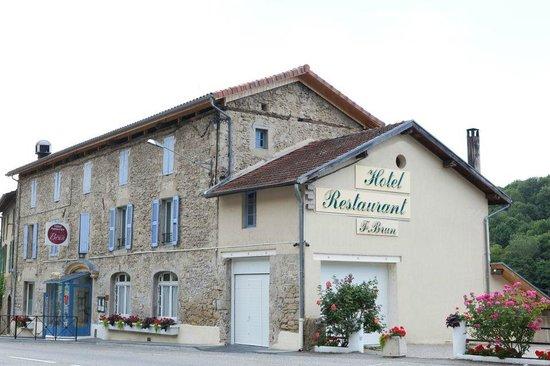Hotel Brun: Façade restaurant annexe à 400 mètre de l'hôtel