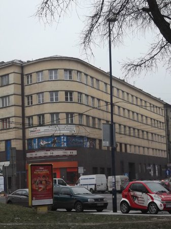 Premium Hostel: The building where the hotel is