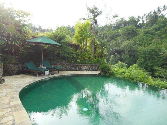 The Royal Pita Maha: pool