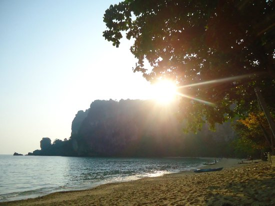 Krabi Mountain View Resort: Ton Sai Beach