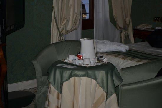 UNA Hotel Venezia: Café e Chá
