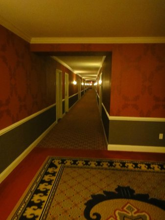 The Alexandrian, Autograph Collection: Hallway