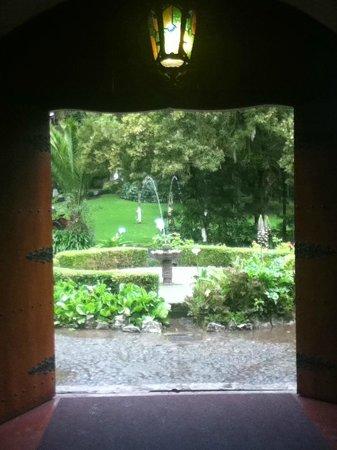 Hacienda Pinsaqui: Vista de losjardines
