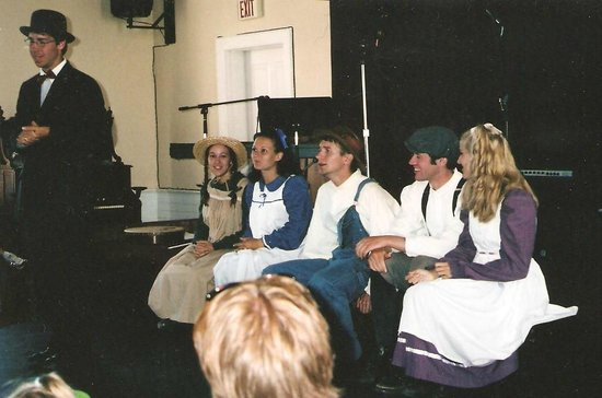 Avonlea Village: Anne and friends