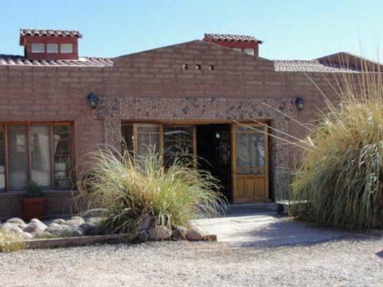 La Casa de Don Tomas: Fachada do prédio principal/recepção
