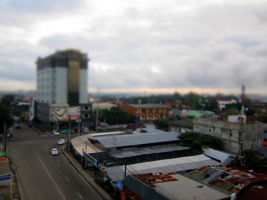 Cityscape Hotel: view from our room..rm 615