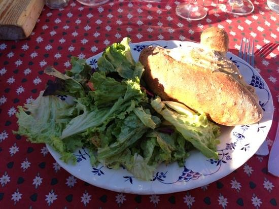 Les Chalets de l'Arc: Chausson du boulanger extra ! ������