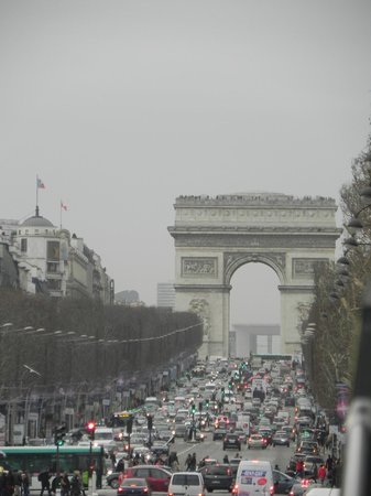 Paris Marriott Champs Elysees Hotel: Arch de Triomphe