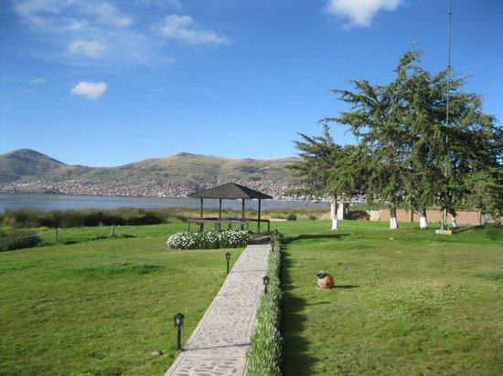 Sonesta Posadas del Inca Lake Titicaca Puno: Jardin del hotel