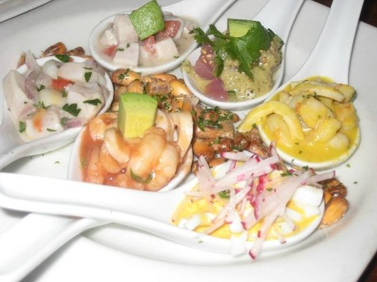 Jaguar Ceviche Spoon Bar and Latin Grill: 六種類のセビーチェが・・・