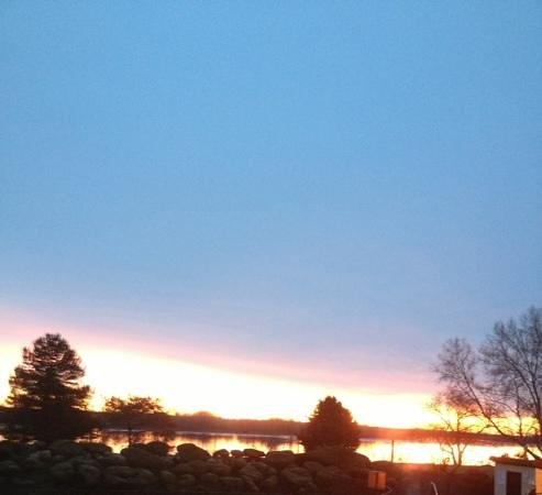 Red Lion Hotel Richland Hanford House: beautiful sunrise on Christmas morning