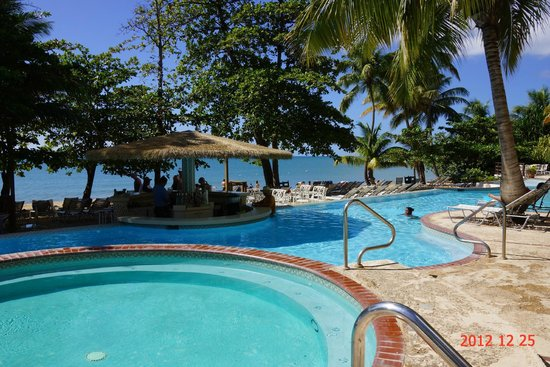 Rincon Beach Resort: Part of Pool Area with Beach in Background