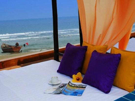 เดอะ โบราโบร่าเบ้ดแอนด์ดรีม: Beach terrace