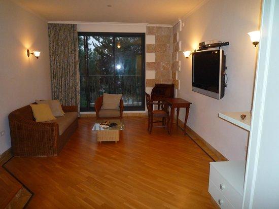 Bayit Bagalil: Room